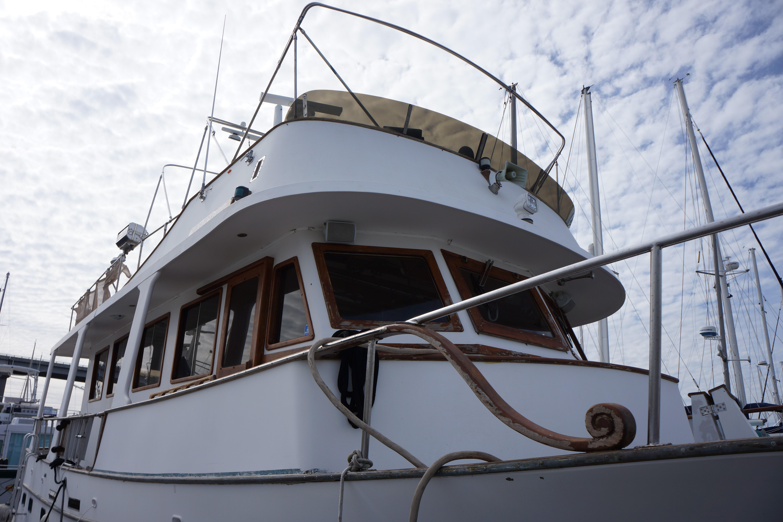 Marine Trader 50 Motoryacht - Marine Trader 50 Motor yacht pilot house