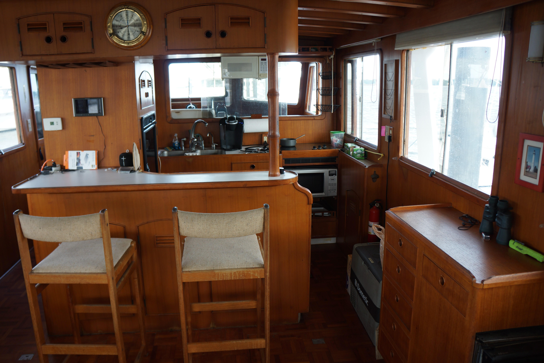 Marine Trader 50 Motoryacht - galley