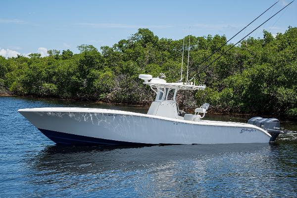 2011 36' Yellowfin Center Console
