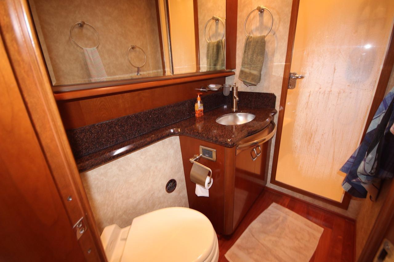 BATHROOM IN THE MASTER CABIN