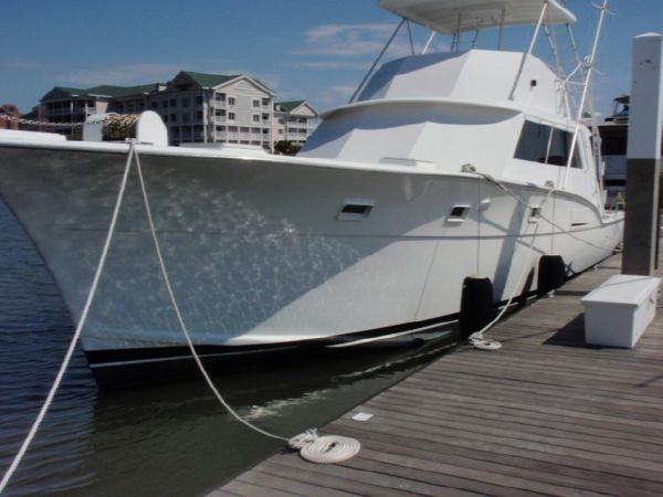 Hatteras 53 Convertible Convertible Boats. Listing Number: M-3401491