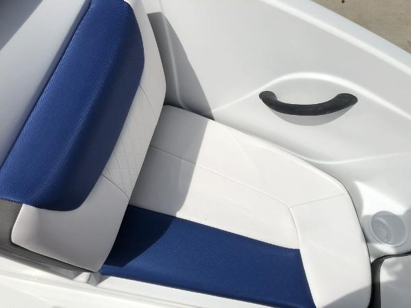 2019 Tahoe boat for sale, model of the boat is 450 TS & Image # 3 of 14