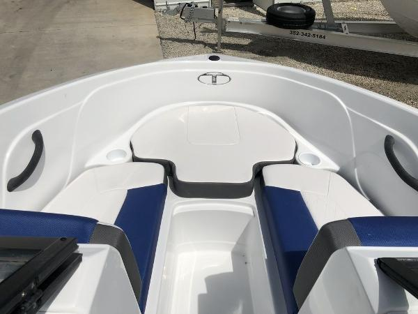 2019 Tahoe boat for sale, model of the boat is 450 TS & Image # 9 of 14