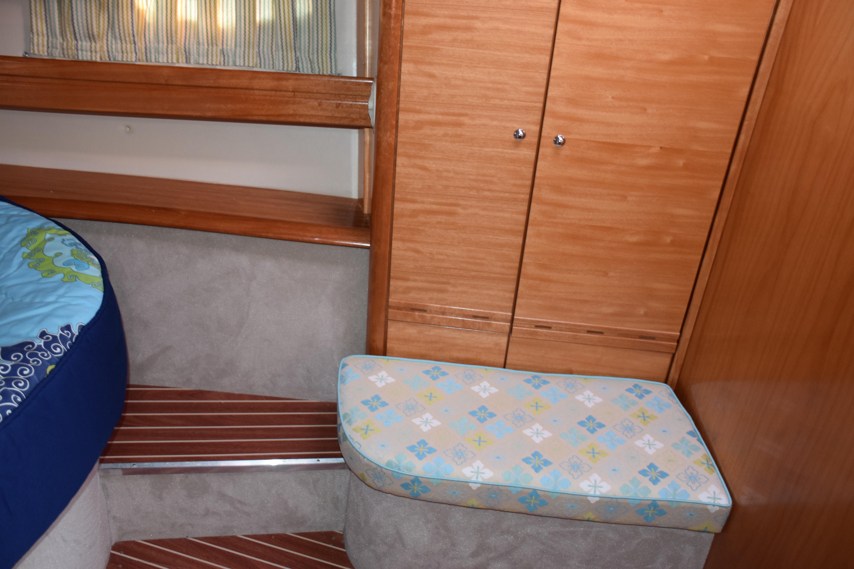 Forward Stateroom Seating & Locker