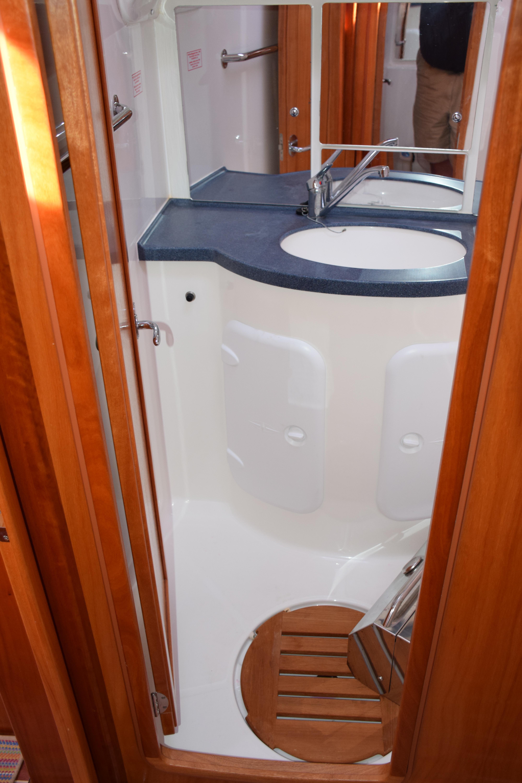 Forward Shower Stall