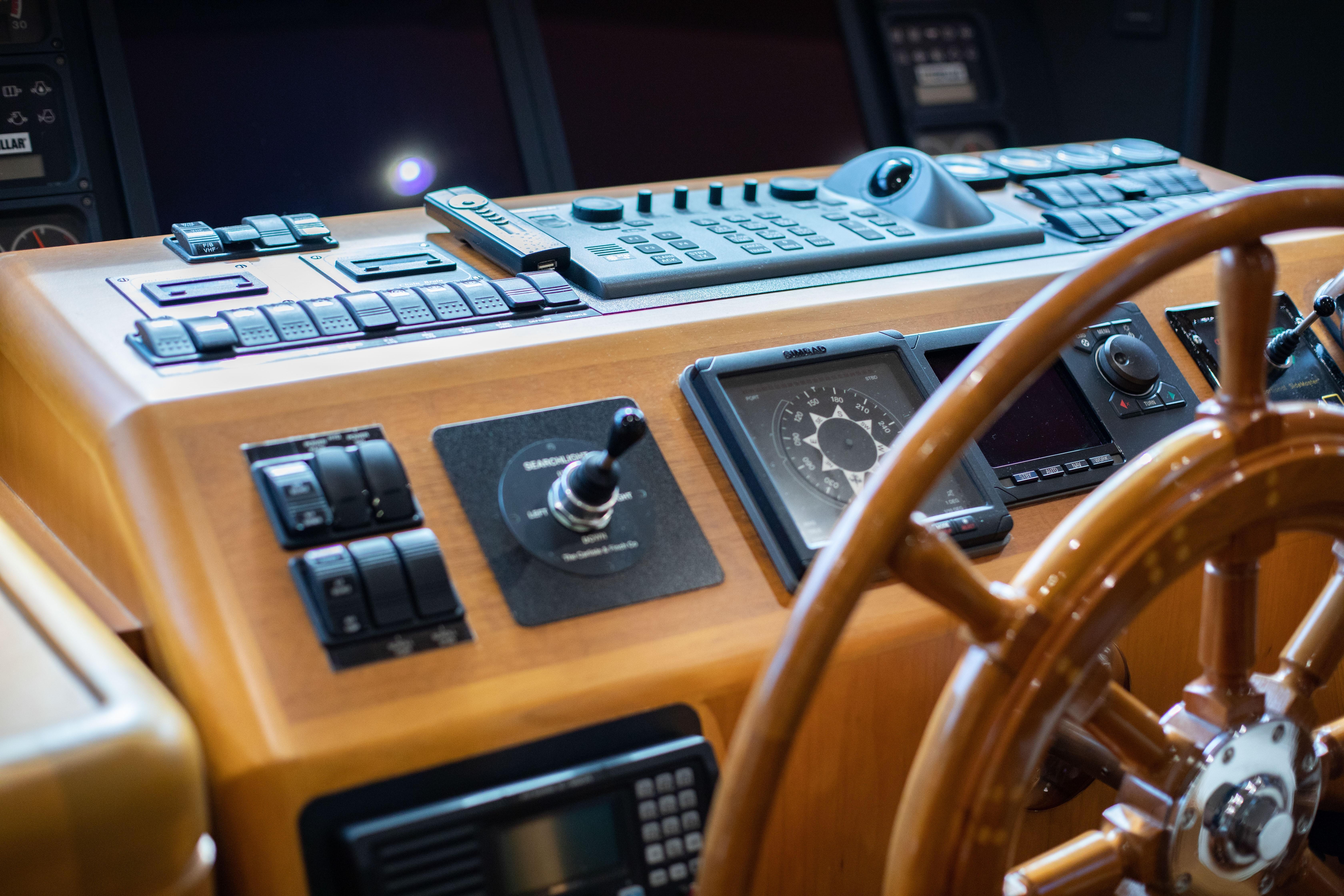 1996 100' Burger Motor Yacht