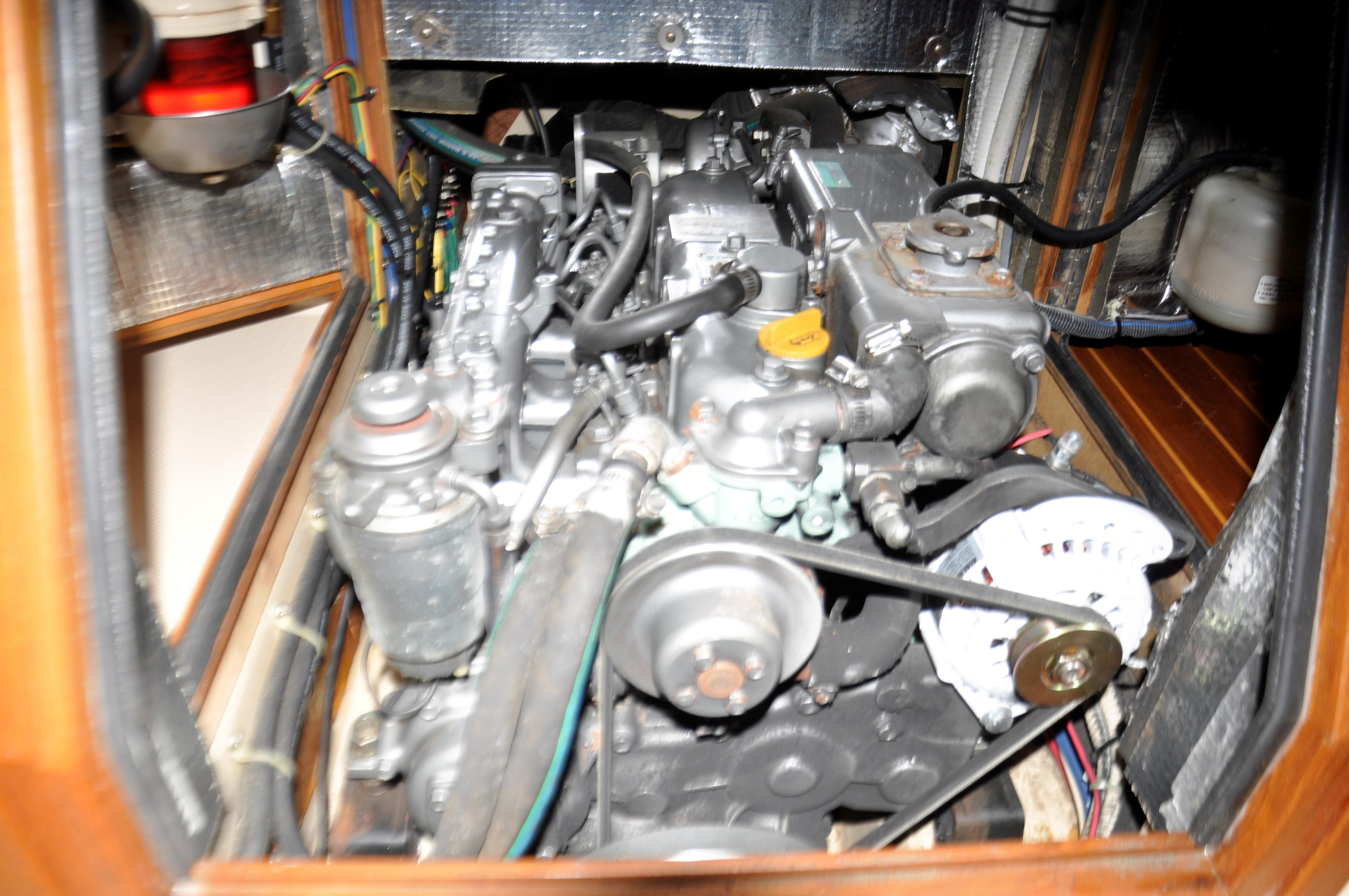Yanmar engine w/3,000 hours