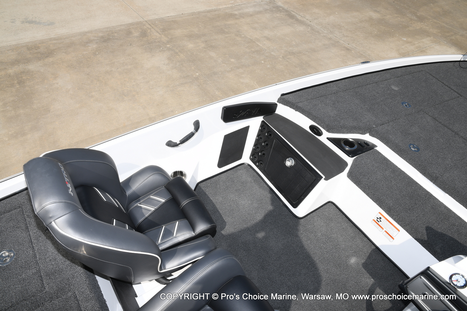 2021 Nitro boat for sale, model of the boat is Z21 Pro Package & Image # 48 of 50