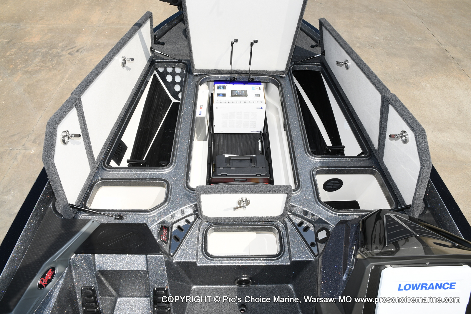 2021 Ranger Boats boat for sale, model of the boat is Z521L RANGER CUP EQUIPPED & Image # 8 of 50