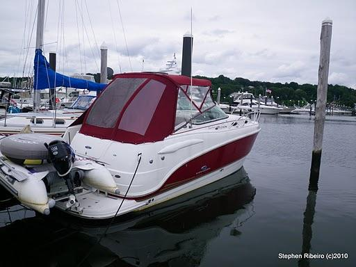 Chaparral Signature 270 Brewer Spring Boat Show RI Express Cruiser