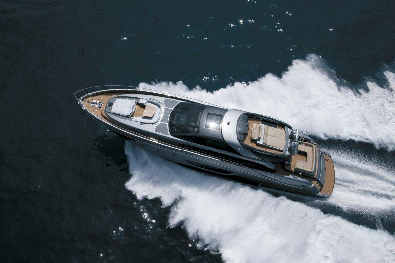 88.91 ft Riva 86′ DOMINO