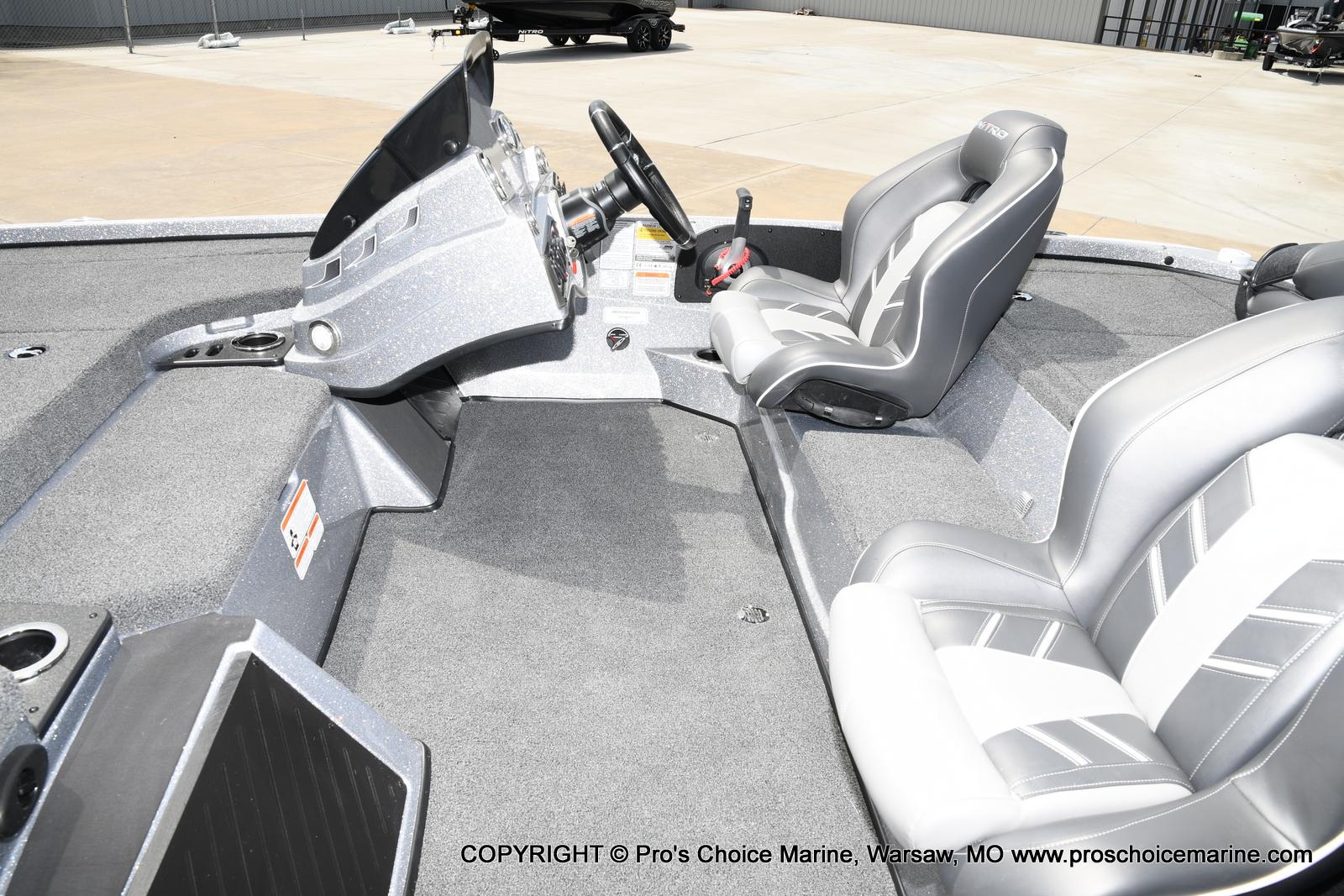 2021 Nitro boat for sale, model of the boat is Z18 & Image # 20 of 50