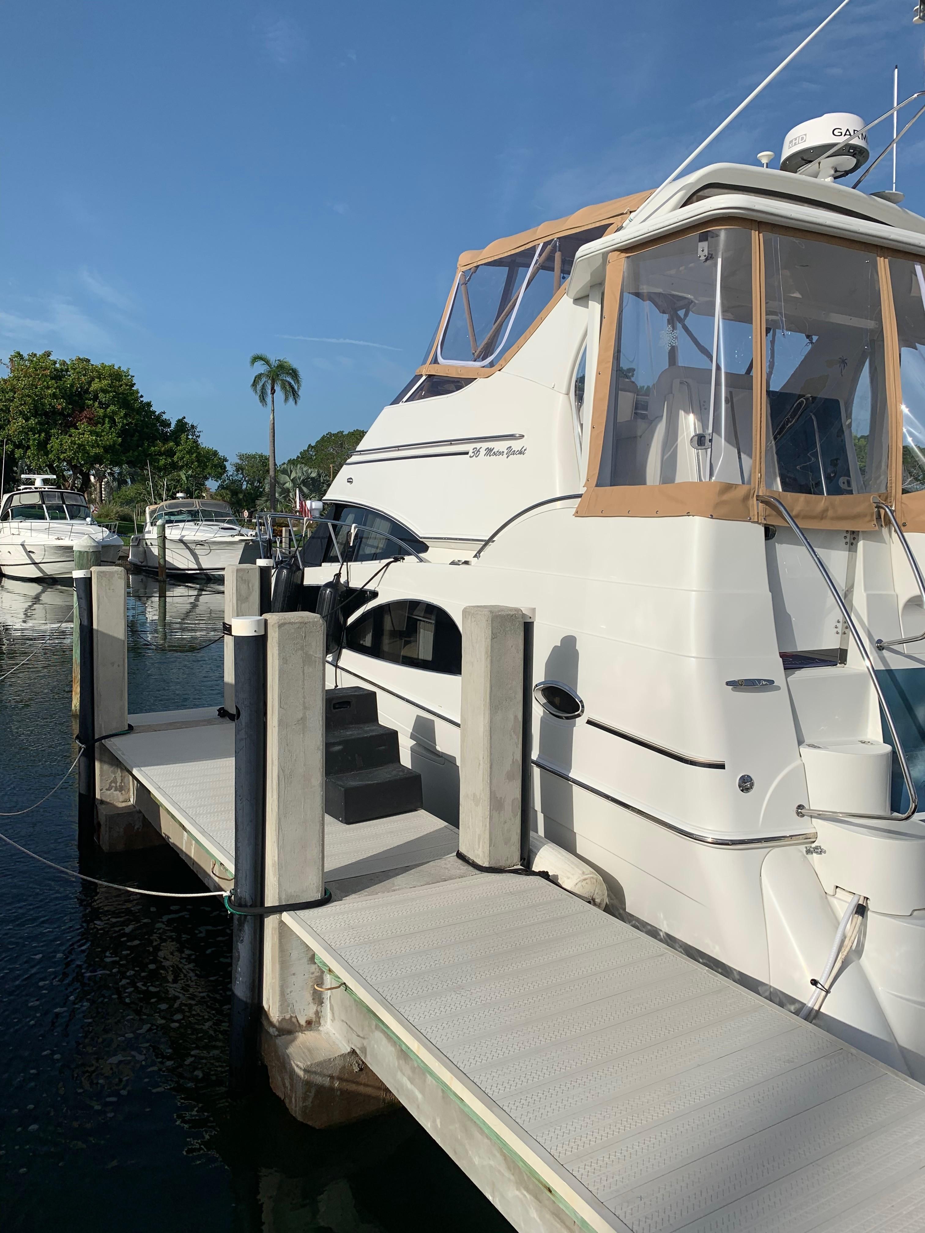 Carver 36 Motor Yacht - Port Side