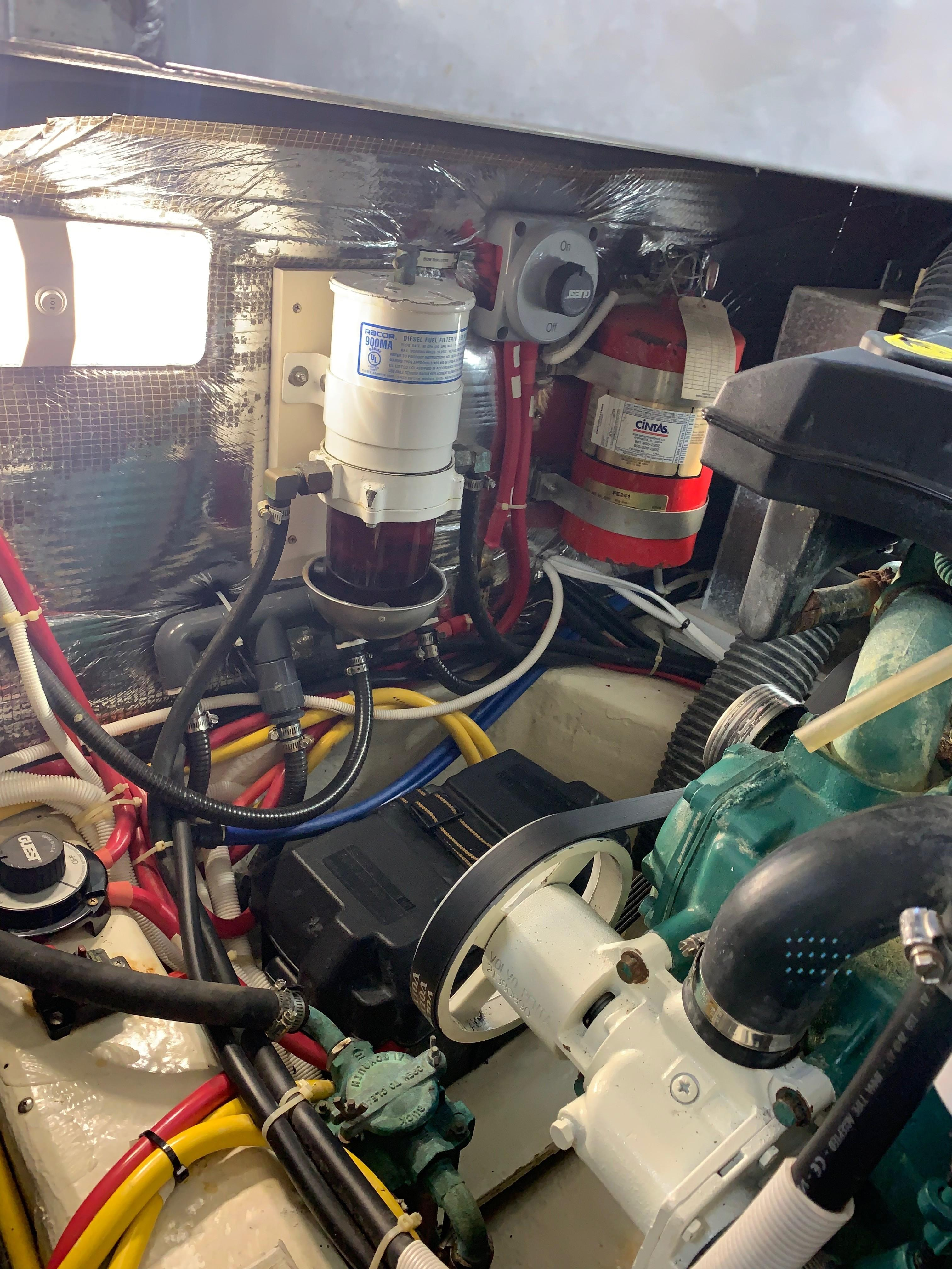 Carver 36 Motor Yacht - Fire Ext System