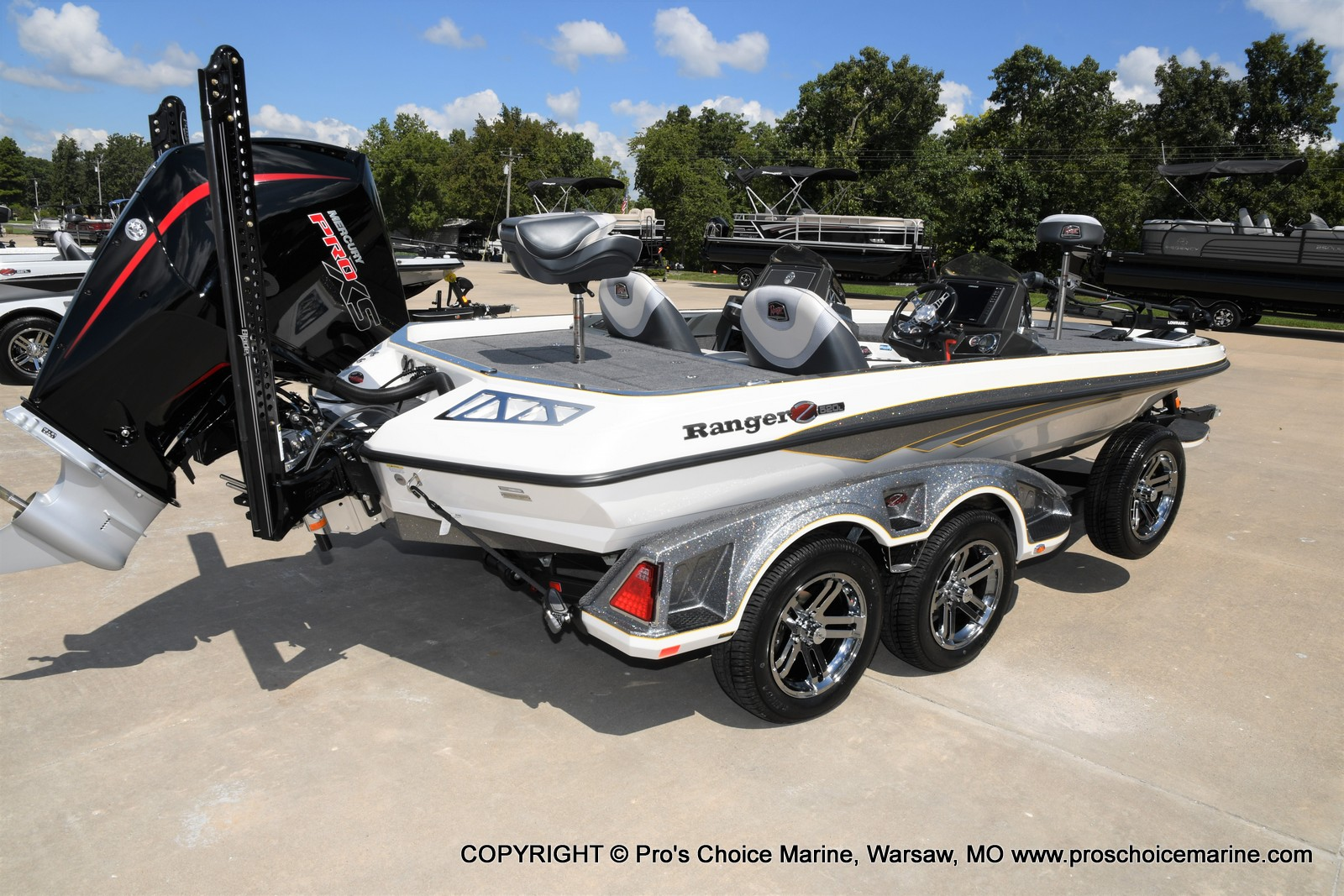 2021 Ranger Boats boat for sale, model of the boat is Z520L Cup Equipped DUAL CONSOLE & Image # 17 of 50