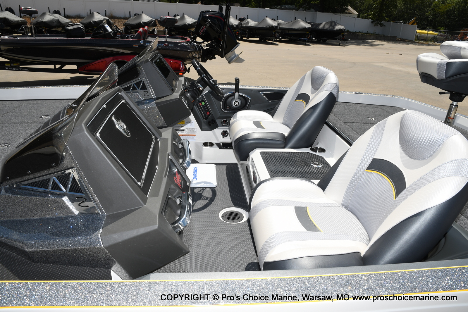 2021 Ranger Boats boat for sale, model of the boat is Z520L Cup Equipped DUAL CONSOLE & Image # 31 of 50