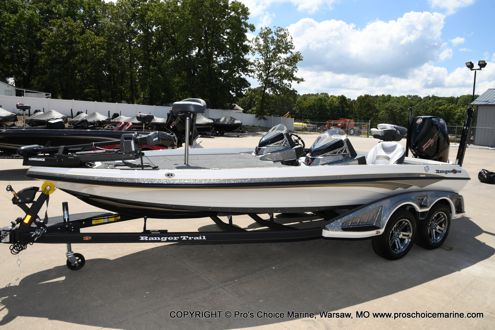 2021 Ranger Boats boat for sale, model of the boat is Z520L Cup Equipped DUAL CONSOLE & Image # 43 of 50