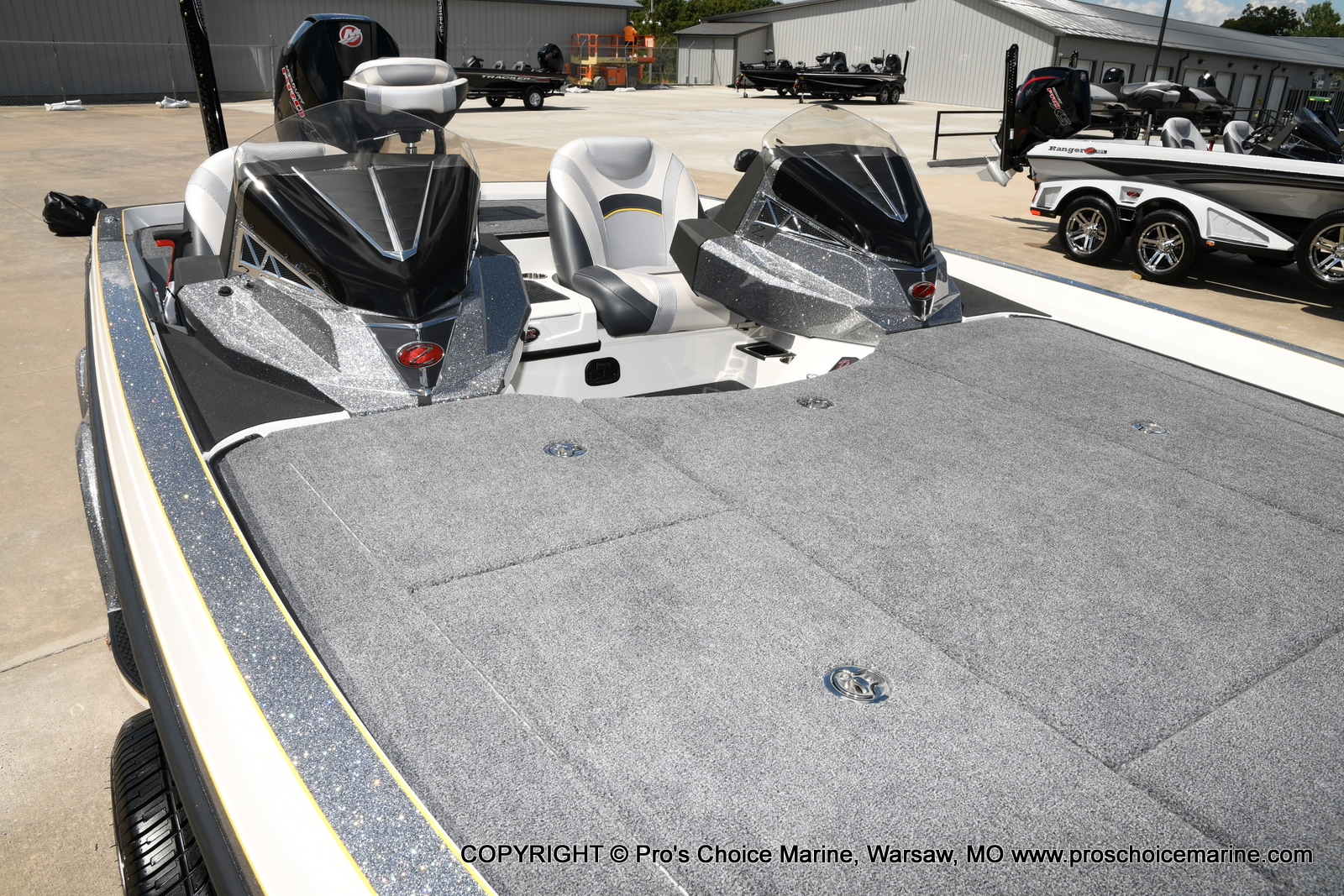 2021 Ranger Boats boat for sale, model of the boat is Z520L Cup Equipped DUAL CONSOLE & Image # 45 of 50