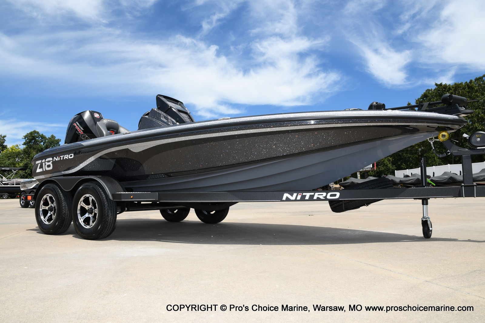 2021 Nitro boat for sale, model of the boat is Z18 w/175HP Pro-XS & Image # 3 of 50
