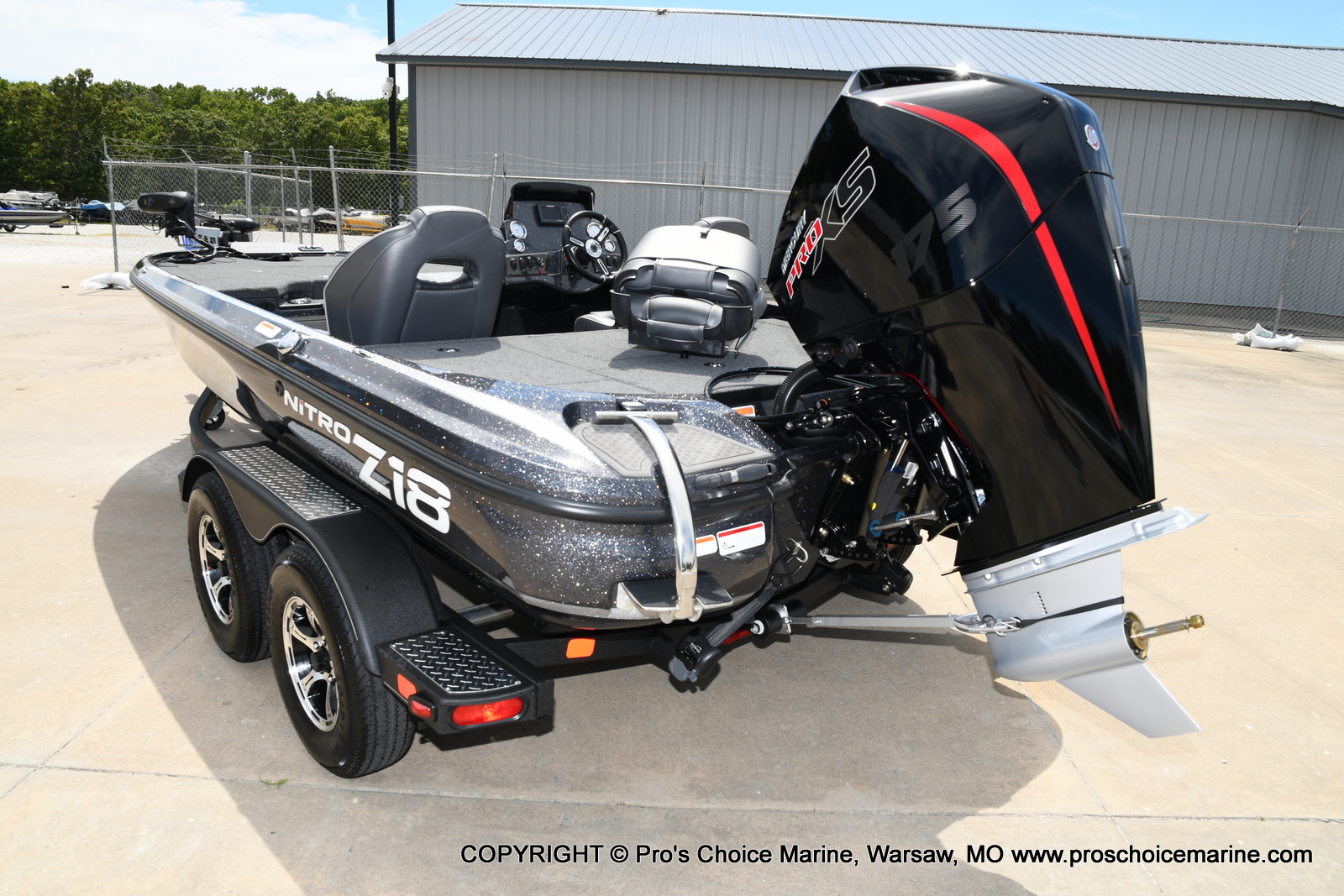 2021 Nitro boat for sale, model of the boat is Z18 w/175HP Pro-XS & Image # 17 of 50