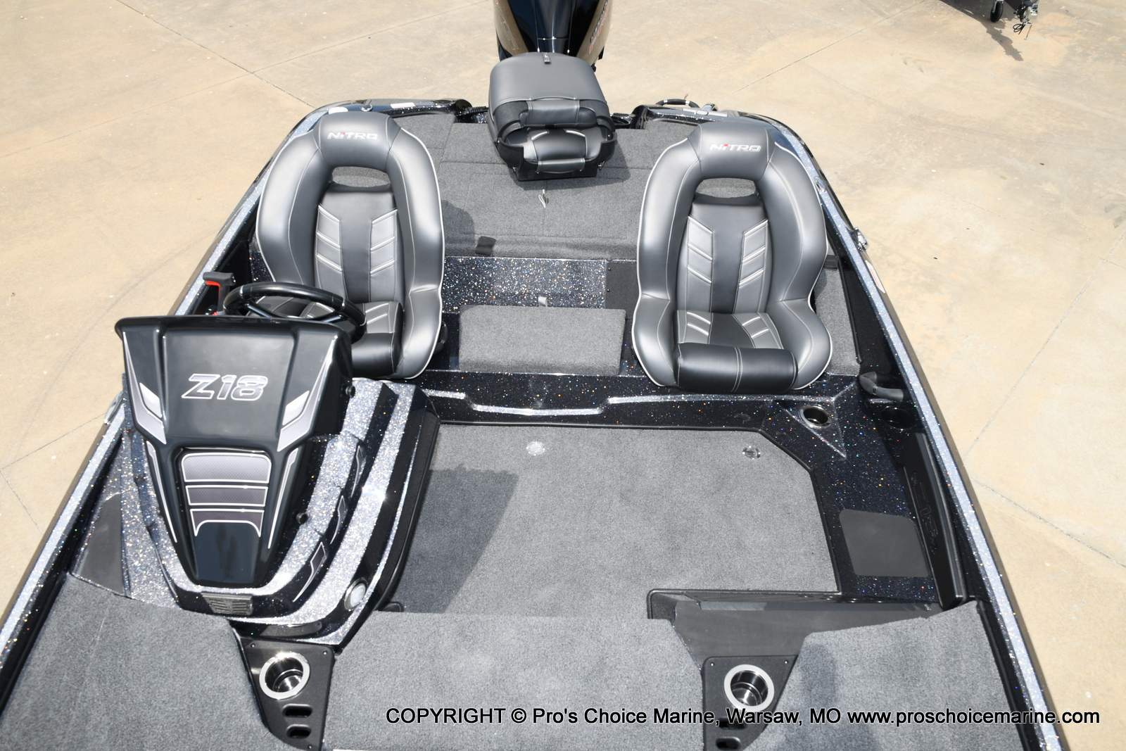 2021 Nitro boat for sale, model of the boat is Z18 w/175HP Pro-XS & Image # 30 of 50