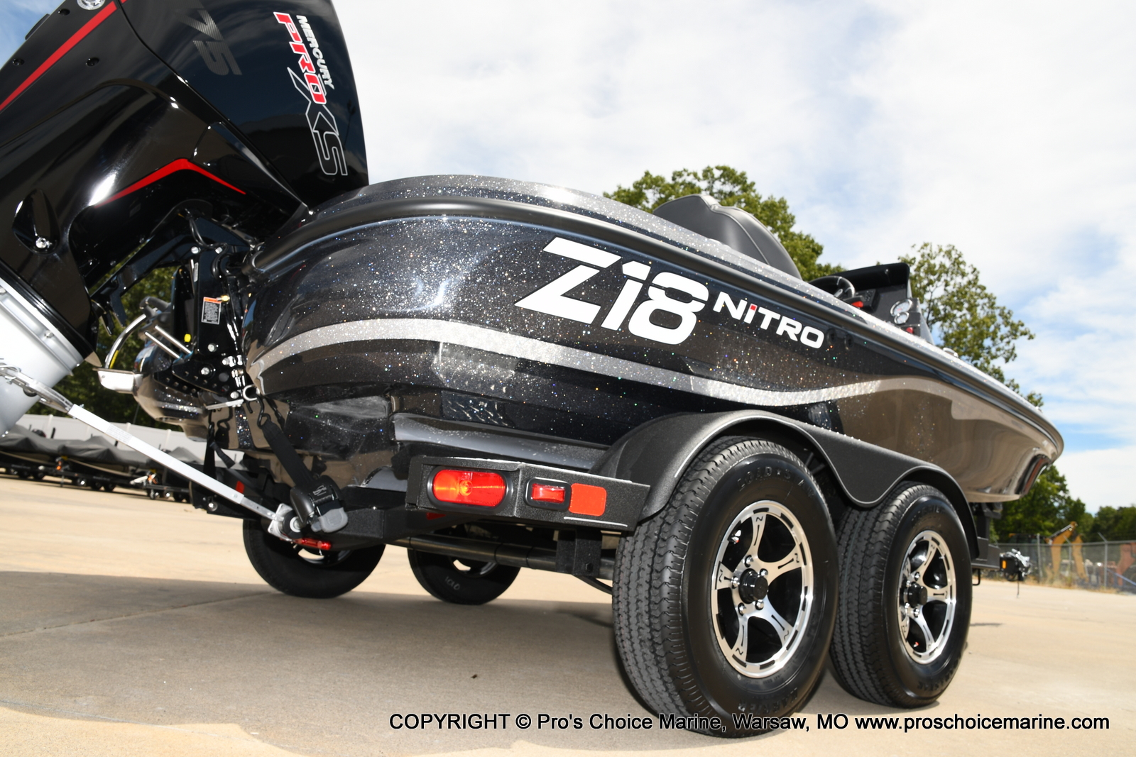 2021 Nitro boat for sale, model of the boat is Z18 w/175HP Pro-XS & Image # 36 of 50