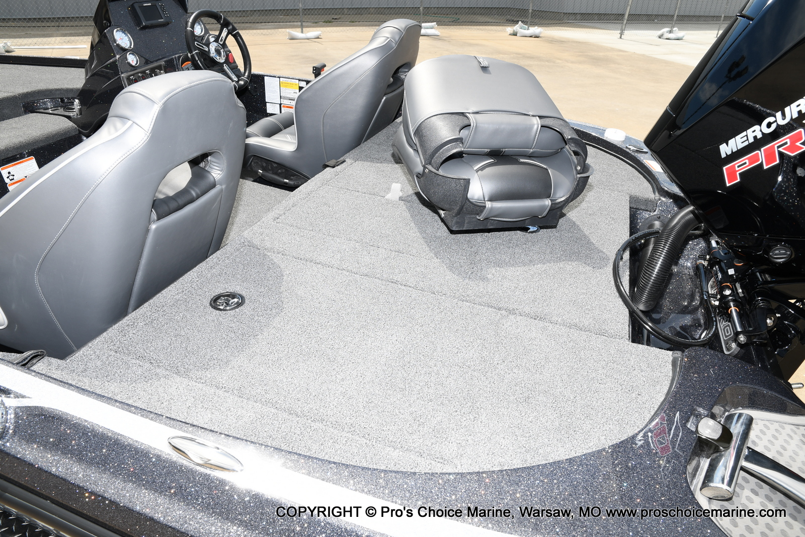 2021 Nitro boat for sale, model of the boat is Z18 w/175HP Pro-XS & Image # 47 of 50