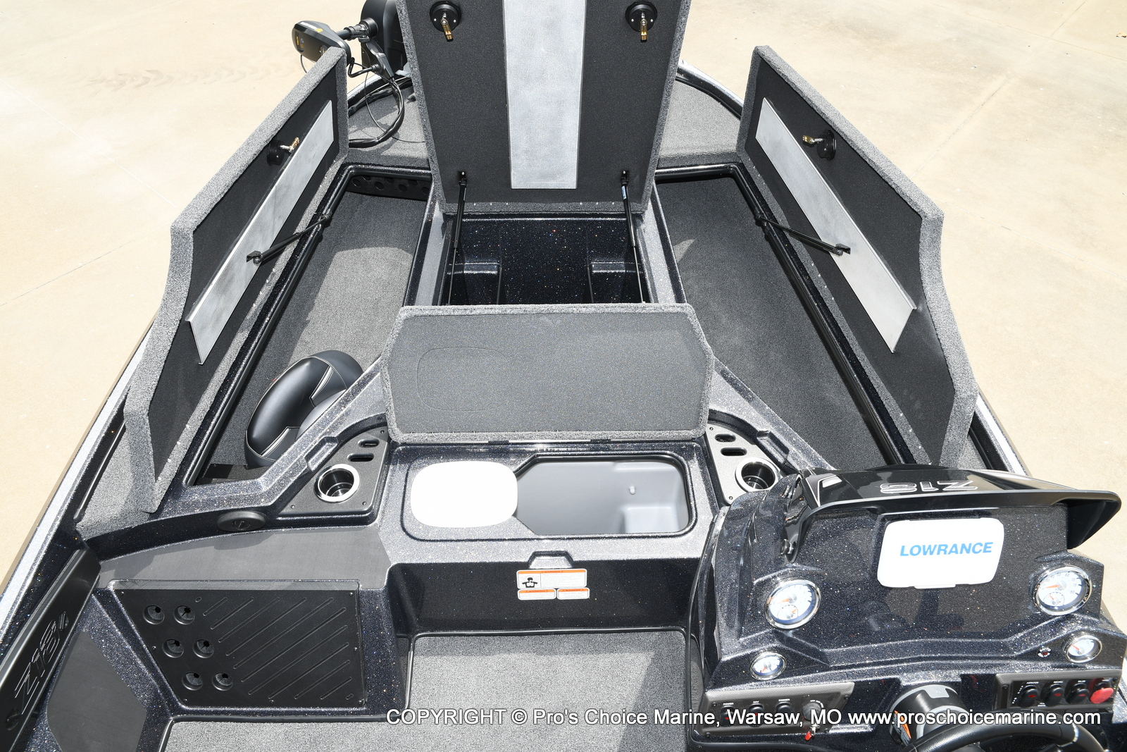 2021 Nitro boat for sale, model of the boat is Z18 w/175HP Pro-XS & Image # 49 of 50