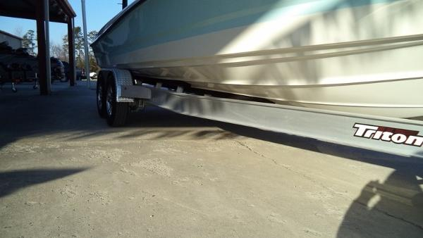 2018 Triton boat for sale, model of the boat is 260 LTS Pro & Image # 9 of 24