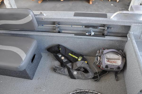 2019 Spartan boat for sale, model of the boat is 18 Areus & Image # 13 of 14