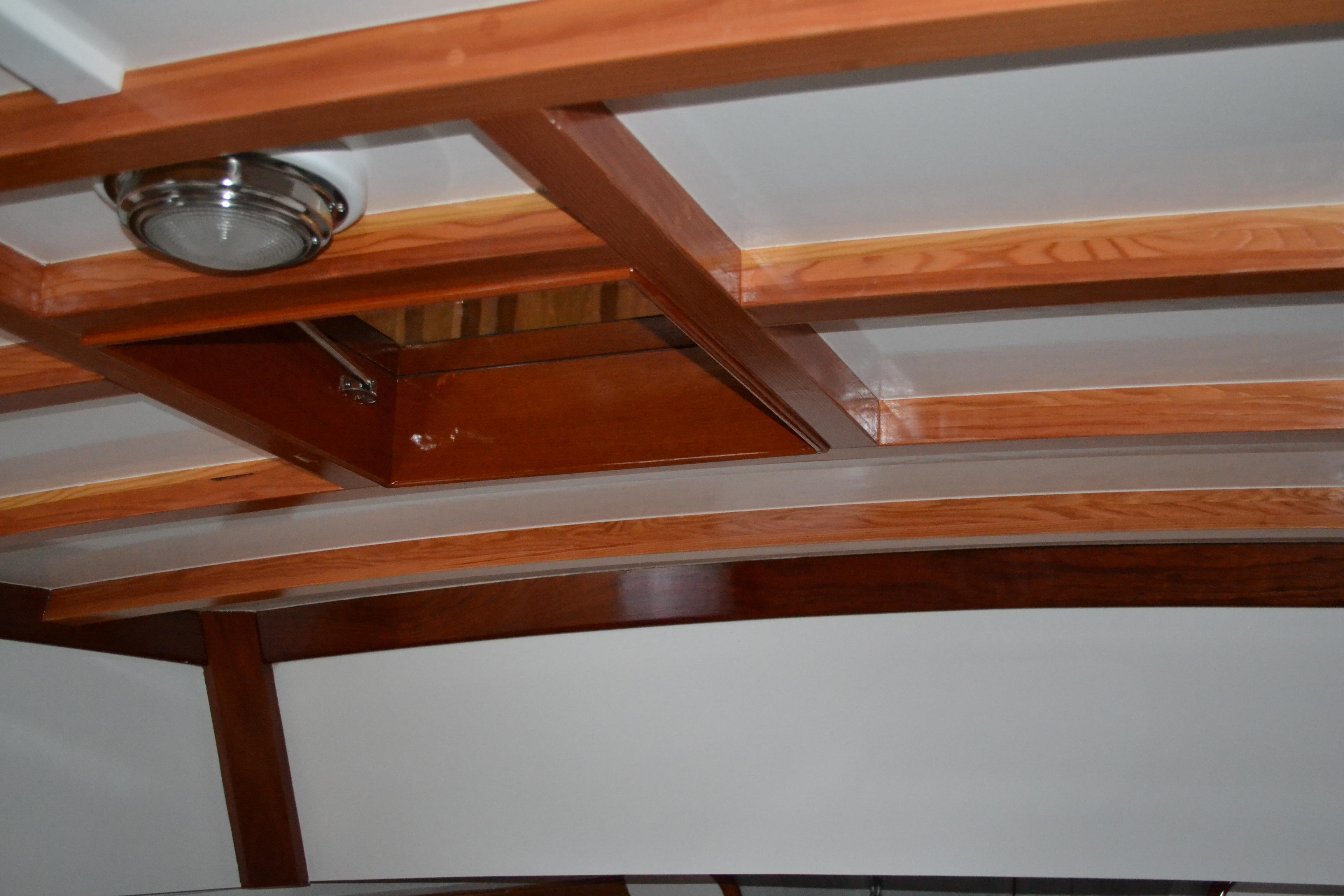Interior Cabintop
