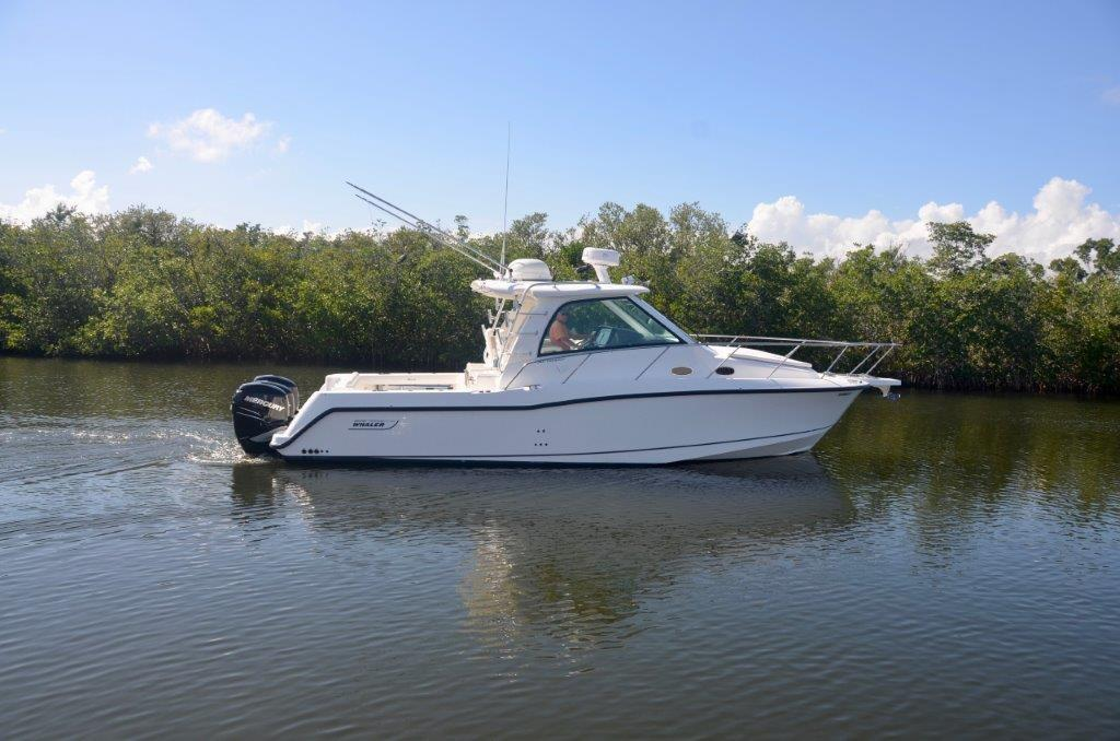2008 34 Boston Whaler Conquest