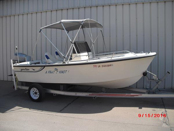 1986 PROLINE boat for sale, model of the boat is 17' CENTER CONSOLE & Image # 1 of 31