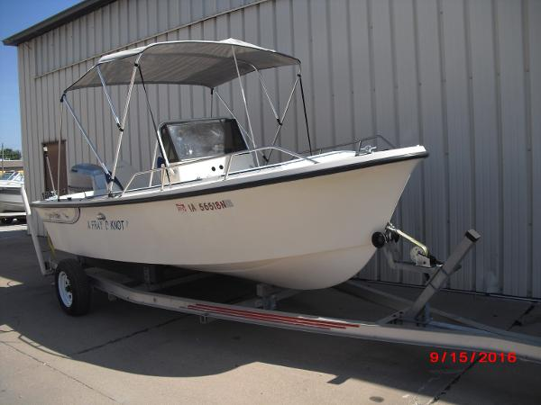 1986 PROLINE boat for sale, model of the boat is 17' CENTER CONSOLE & Image # 27 of 31