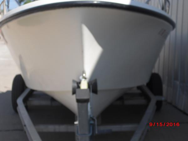 1986 Proline boat for sale, model of the boat is 17' CENTER CONSOLE & Image # 28 of 31