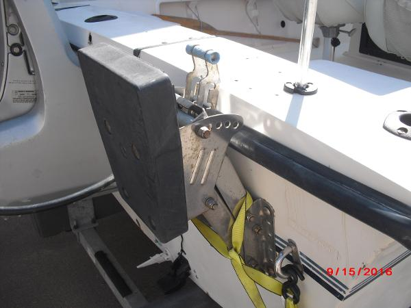 1986 PROLINE boat for sale, model of the boat is 17' CENTER CONSOLE & Image # 31 of 31