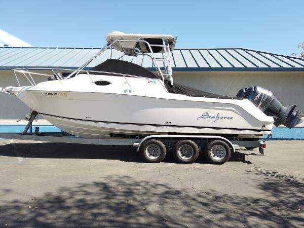 2005 ROBALO R265 WALKAROUND for sale