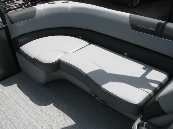 2020 Veranda boat for sale, model of the boat is VR2275RC Base & Image # 5 of 19