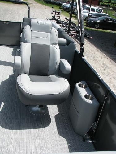 2020 Veranda boat for sale, model of the boat is VR2275RC Base & Image # 8 of 19