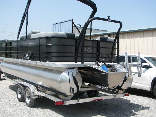 2020 Veranda boat for sale, model of the boat is VR2275RC Base & Image # 19 of 19