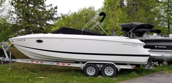 2004 COBALT 25' for sale