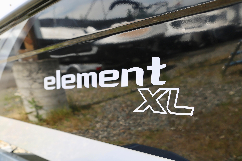 2017 Bayliner Element E18