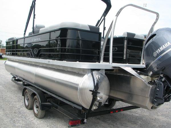 2020 Veranda boat for sale, model of the boat is VR25RC Package Tri-Toon & Image # 2 of 24