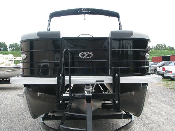 2020 Veranda boat for sale, model of the boat is VR25RC Package Tri-Toon & Image # 18 of 24