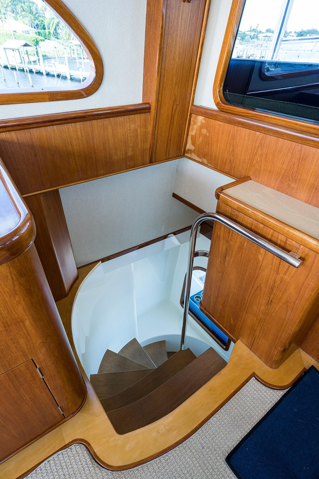 Enclosed Flybridge Staircase