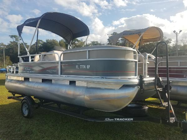 For Sale: 2018 Sun Tracker Party Barge 18 Dlx 20ft<br/>Nobles  Marine