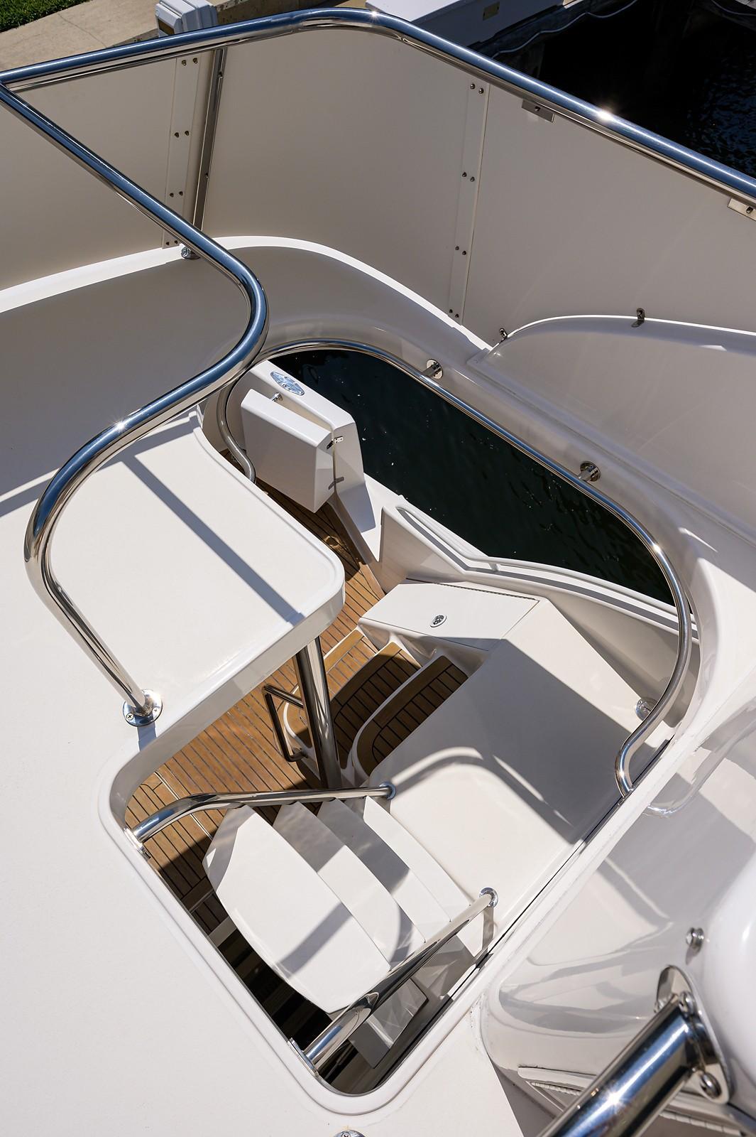 Enclosed Bridge Aft Deck