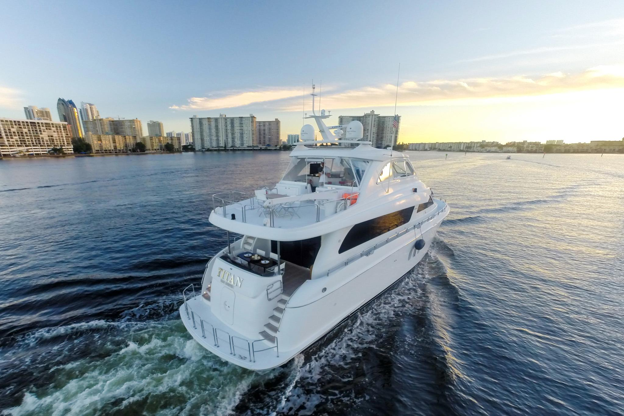 2012 hatteras 1 800hp engines 72 motor yacht for sale for 72 hatteras motor yacht for sale