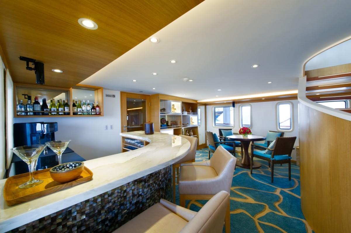 184 Custom Lounge Bar