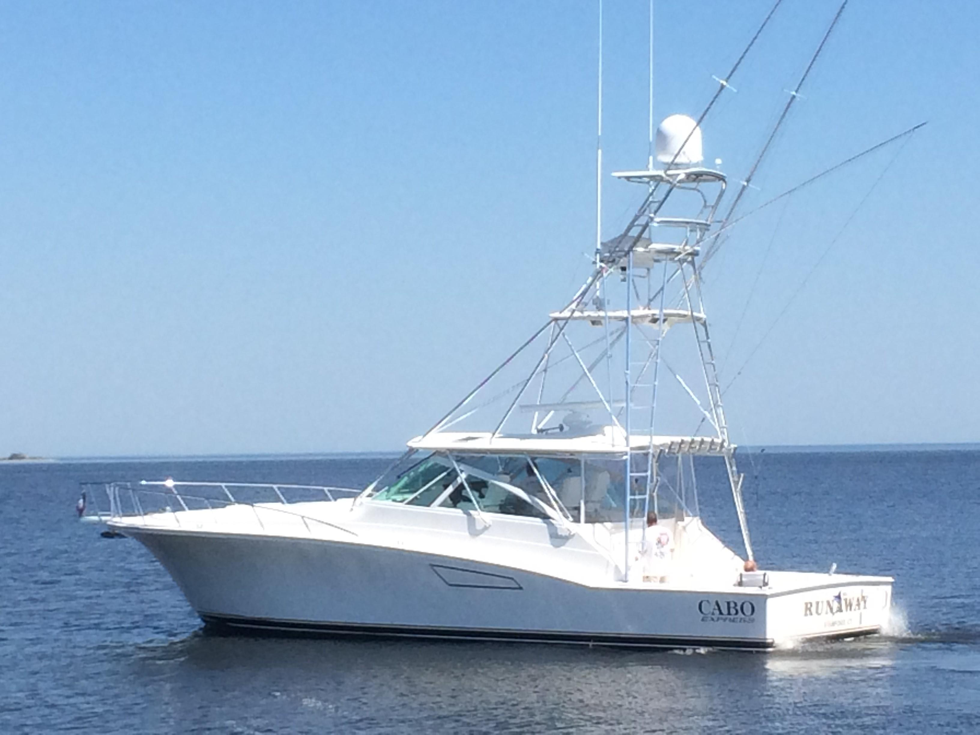 Cabo Yachts45 Express